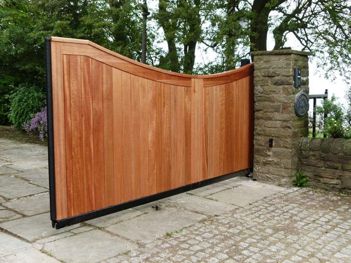comment fabriquer un portail coulissant en bois