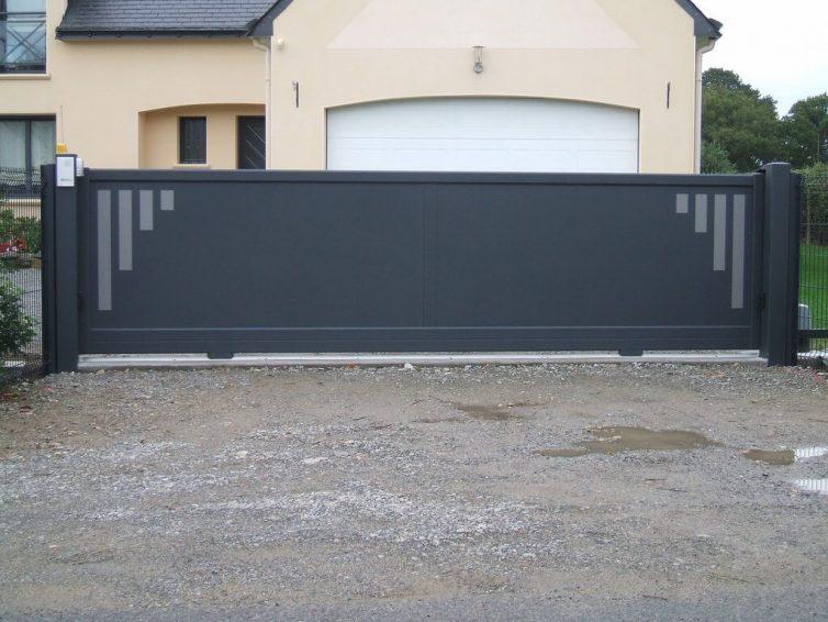 monter un portail coulissant cool pose d un portail. Black Bedroom Furniture Sets. Home Design Ideas