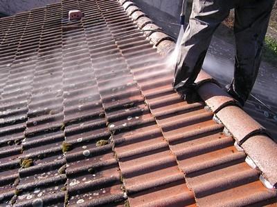 nettoyage toiture tuile au karcher