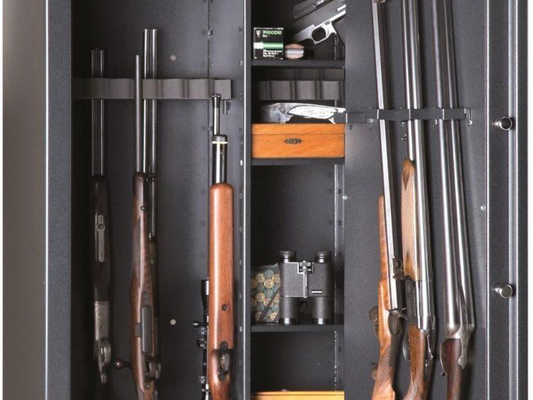 comment fixer une armoire forte à fusil